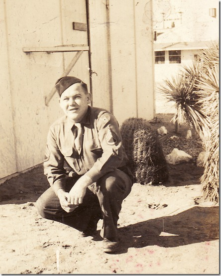 1945-01 Dad in Arizona
