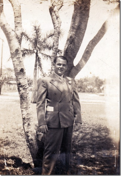 1939-05 - Dad at Homestead FL