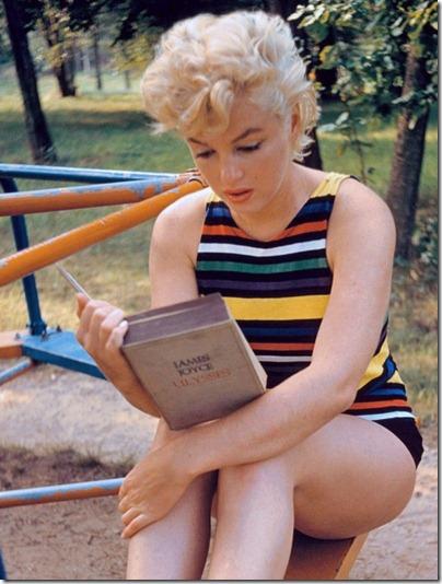 marilyn-reads-joyce