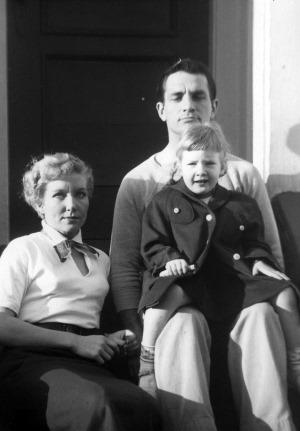 Jack-Carolyn-and-kids